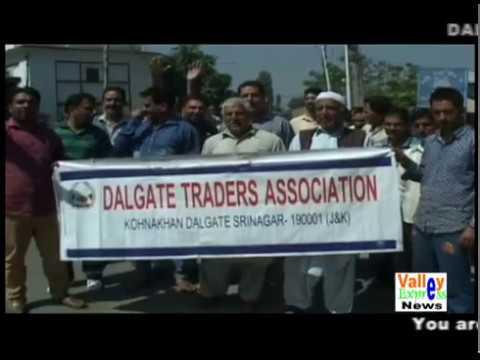 DALGATE flood victims stage protest in Srinagar