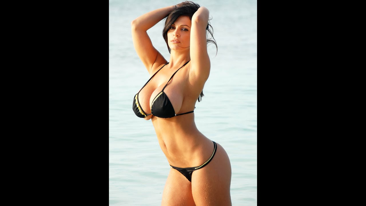 Love Hot latina bikini models like the