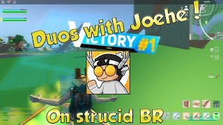 Strucid Battle royale duo con Joehe... (roblox)