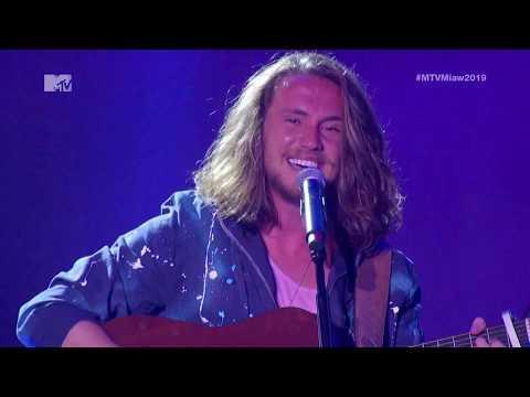 MTV MIAW 2019  Anavitória & Vitor Kley - &39;&39;Pupila&39;&39; Ao Vivo