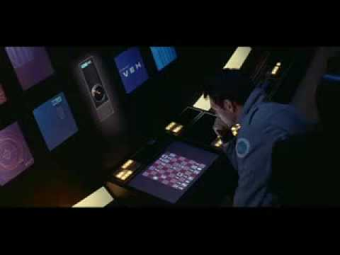 Frank plays chess with HAL aboard Discovery