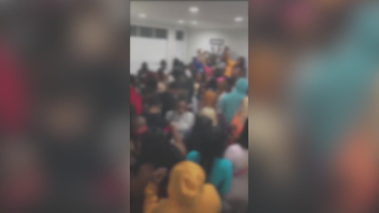 Viral video shows large house party in Chicago amid coronavirus pandemic