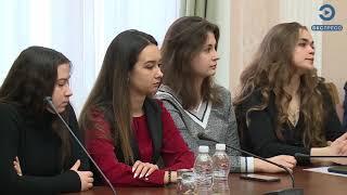 Мельниченко высоко оценил деятельность молодых парламентариев Пензы
