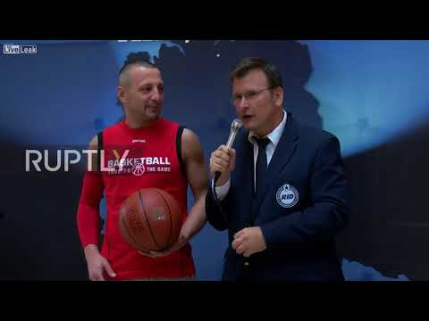Cracked coconuts and freestyle basketball feats - world records smashed in Hamburg