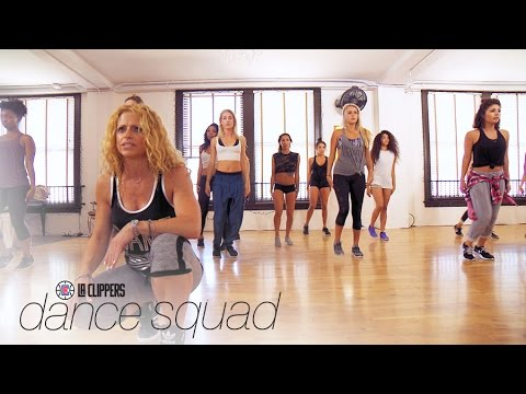 "It's Time for the ""LA Clippers Dance Squad"" to Rehearse 