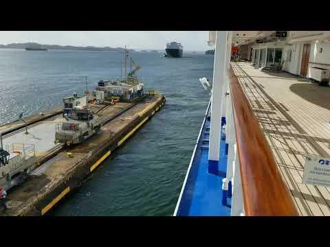 Island Princess - Cruzeiro pelo Canal do Panamá, Cartagena, Costa Rica  Cayman Islands