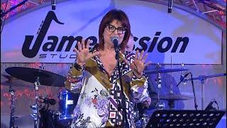 «Way out», ?RicantaNapoli sul Mattino.it: live lo show di Monica Sarnelli