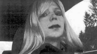 Obama commutes sentence for Chelsea Manning
