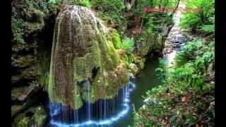 TOP 10 Самые необычные водопады мира