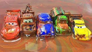 Disney Cars Toys Paint and Wash! Learn Colors with Lightning McQueen  Đồ chơi xe hơi カーズと絵具で色を覚えるよ!