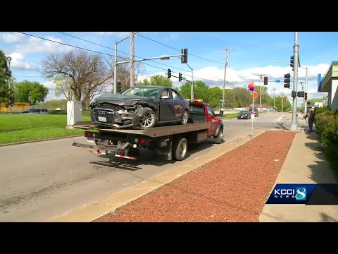 Car Accident Sends 3 High School Students To Hospital
