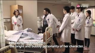 "Video Showbiz Korea-HWANG JUNG-EUM′S FASHION STYLES IN THE DRAMA ""KILL ME HEAL ME download MP3, 3GP, MP4, WEBM, AVI, FLV Maret 2018"