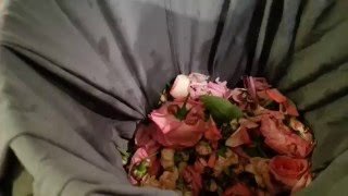 How to Dry Rose Petals in the Oven