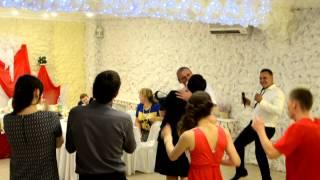 Ведущий на свадьбу.Новосибирск. Барнаул. Свадьба в банкетном зале Амальфи. Ведущий Юрий Стократный.