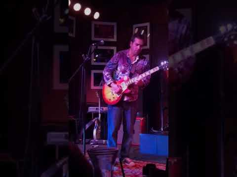 Albert Castiglia With Mike Zito- Drowning At The Bottom