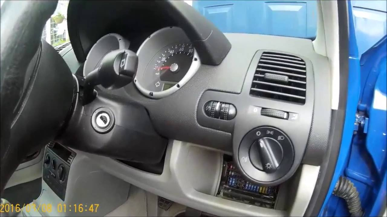 how to change a fuel filter on a 2001 vw polo [ 1280 x 720 Pixel ]