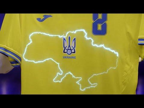 قميص المنتخب الأوكراني لكرة القدم يتسبب في أزمة بين موسكو وكييف…  - 21:54-2021 / 6 / 9