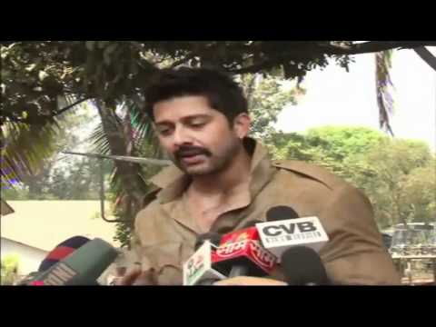 Aftab Shivdasani On Location of  Bin Bulaye Baraati