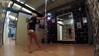 How to invert on spinning pole? tipps and conditioning