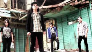 Swallow my Pride ft Josias Herrera(9horas)- Causa Justa (New song 2010)-Download + Lyrics