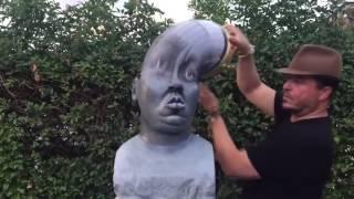 Thật kì diệu!!! Họ làm bức tượng đó như thế nào????How can they do that statue????