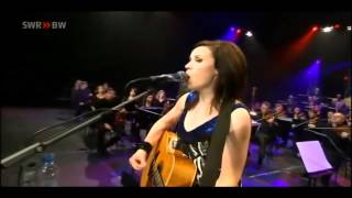 Amy Macdonald - Footballer's Wife - Live At The Rockhal Luxemburg (17-10-2010)