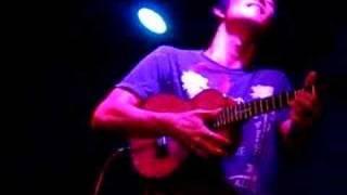 Jake Shimabukuro - Over the Rainbow