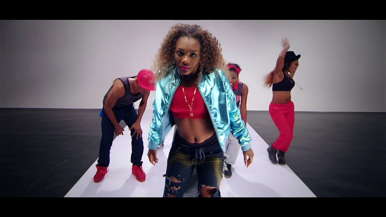 Download Ozee ft Morell - Gigye Official Video