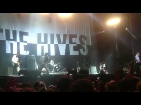 The Hives - Main Offender. Live in Benidorm Low Festival 2017.
