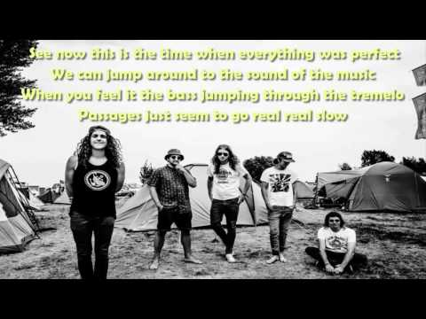STICKY FINGERS - AUSTRALIA STREET (Lyrics)
