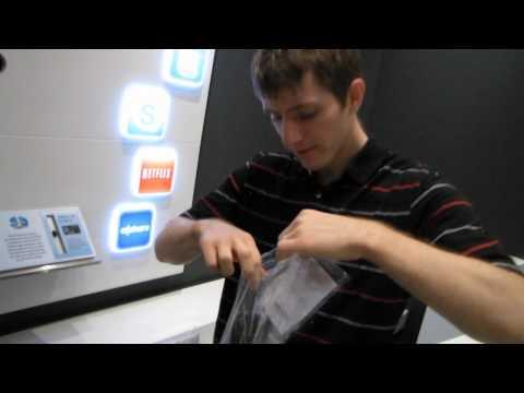 """Samsung UN60D8000 60"""" 3D 1080p Smart LED HDTV Unboxing & First Look Linus Tech Tips"""