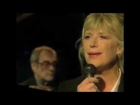 Marianne Faithfull - Don't Forget Me (+ Interview) [Live on This Morning with Richard & Judy, 1997]