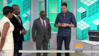 Rubik's Cube Magician STUNS with Amazing Tricks While Blindfolded // TODAY SHOW