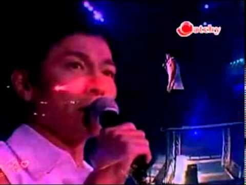 Andy Lau - Xie Xie Ni De Ai ( Live )