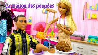 La vie de Barbie. Barbie prépare un délicieux repas pour Ken. Vidéo pour les filles.