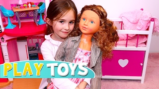 Feeding my Baby Doll with Slime & Gumball - transform crying silicon baby to My size giant doll