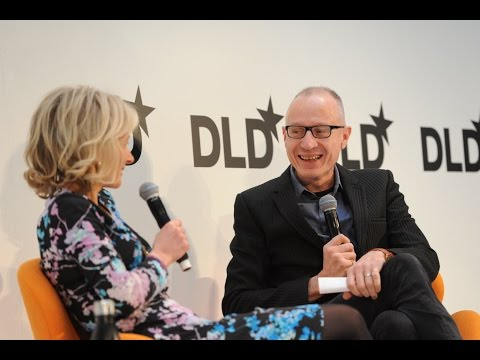 Highlights - How Will Publishers Survive (Robert Thomson, NewsCorp & Zanny Minton-Beddoes) | DLD16