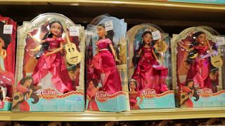Магазин игрушек!!!  Обзор для детей !   Куклы и игровые наборы. 