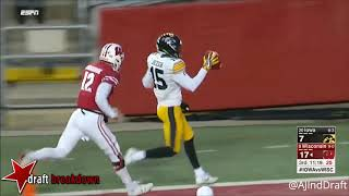 Josey Jewell (Iowa LB) vs Wisconsin - 2017