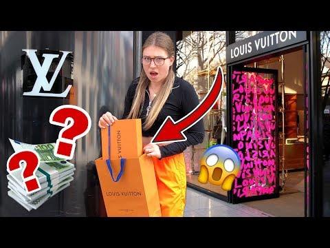 Die Person vor mir bestimmt, welches Outfit ich kaufe 😳 | Bibi