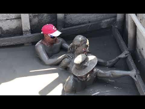 cartagena columbia Volcan de Lodo El Totumo mud bath jan 2019 ron sturgeon and linda allen