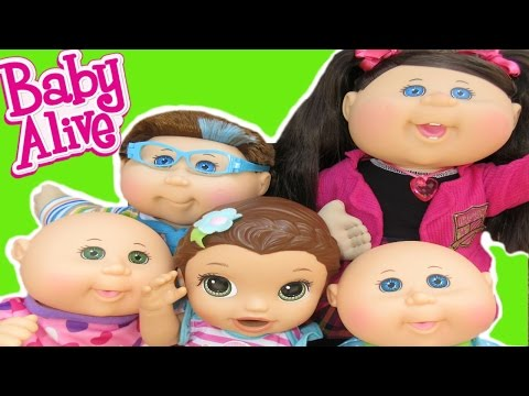 BABY ALIVE Toys R Us Haul + New Cabbage Patch Kids + Pumpkin Runs Away Again!