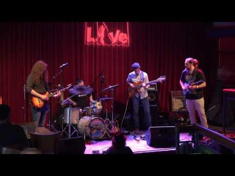 Gnarbot  4K  07.15.17  World Cafe Live