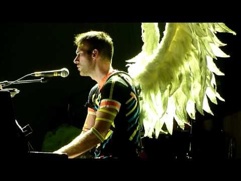 Sufjan Stevens - The Owl and the Tanager live at Manchester Apollo 19/05/11