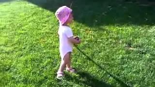 Video BABY GIRL AMALIA LOVES FLOWERS download MP3, 3GP, MP4, WEBM, AVI, FLV Agustus 2017