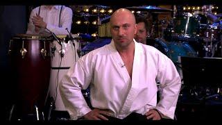 Дмитрий Нагиев показывает, на что он способен. Вечерний Ургант. (24.04.2015)