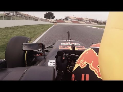 Max Verstappen perfects a lap at the Spanish Grand Prix