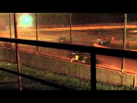 dustin duncan feature part 4 at lake cumberland speedway 6-2-12.MOV