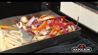 Видеорецепт: Паназиатское блюдо из морепродуктов с овощами на противне