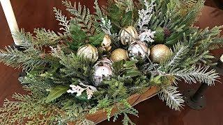 Easy Christmas Centerpiece Simple Christmas Floral Arrangement Christmas Table Youtube